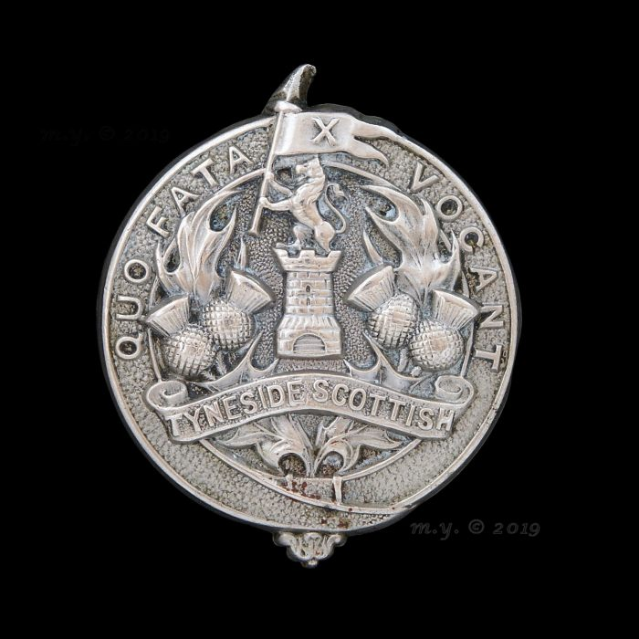 Tyneside Scottish 1st Pattern Cap Badge