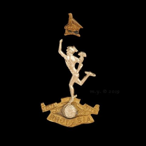 Rhodesian Corps of Signals Cap Badge 1970-80