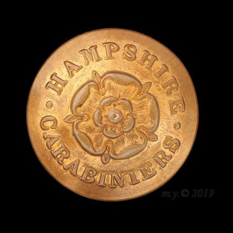 Hampshire Yeomanry (Carabiniers) Uniform Button [rose type]