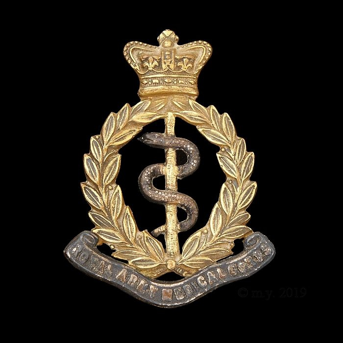 Royal Army Medical Corps Victorian Silver & Gilt Cap Badge