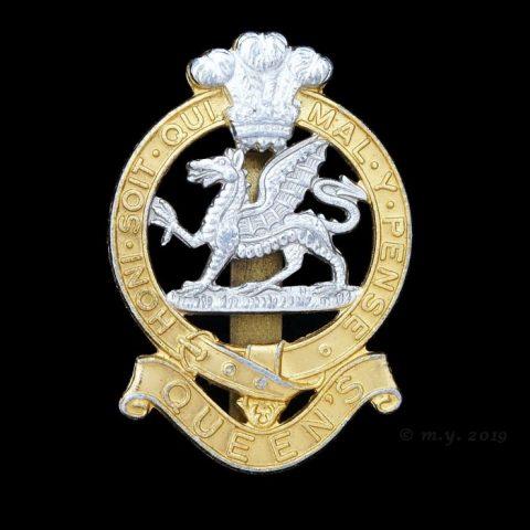 The Queen's Regiment Cap Badge (1966 -1992)