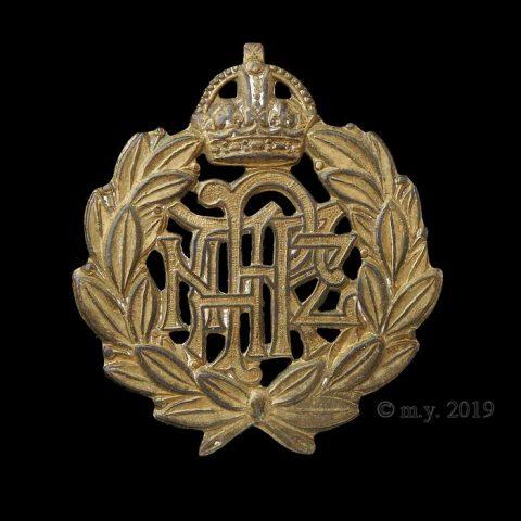 Royal New Zealand Air Force Cap Badge. KC