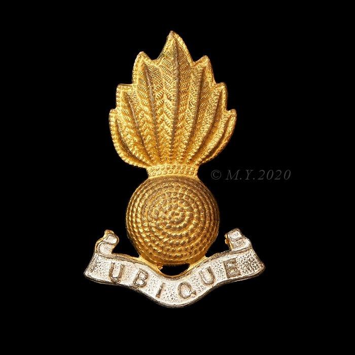 Artillery Officers' Silver & Gilt Grenade Cap Badge