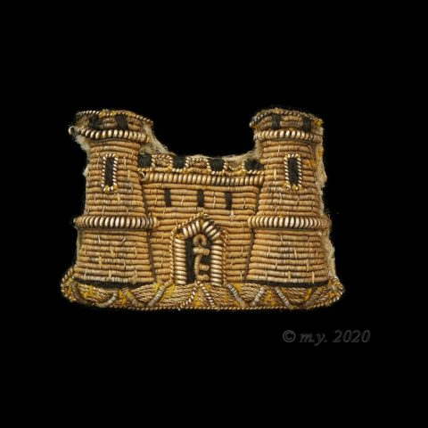 Suffolk Regiment Officers Embroidered Collar Badge