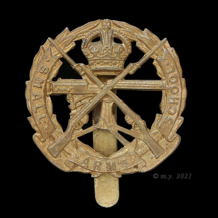 Small Arms School Corps  Cap Badge 1929-c1953